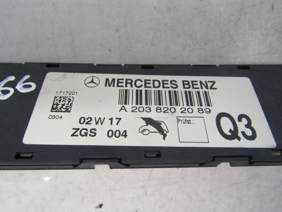 Antenna Module Unit Mercedes-Benz C-CLASS 2002    2.2 A2038202089