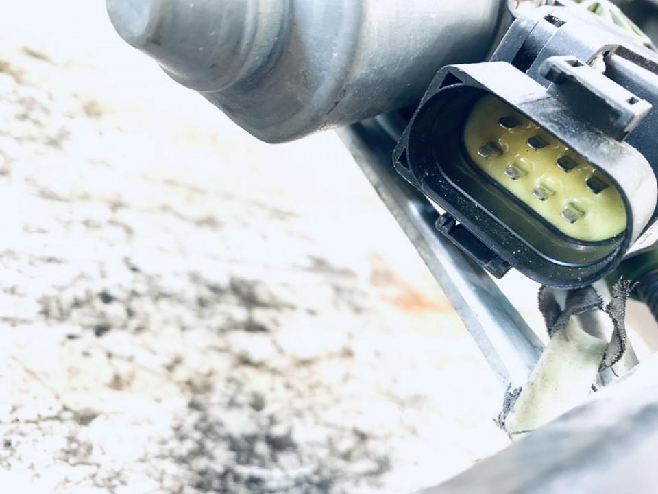 Duru lango pakelejo varikliukas P.K. Audi A4 1999    1.8 8d0959801