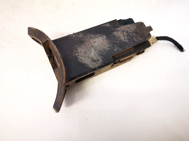 Kuro bako dangtelio varikliukas (uzrakto varikliukas) Opel Meriva 2003    1.6 13118781