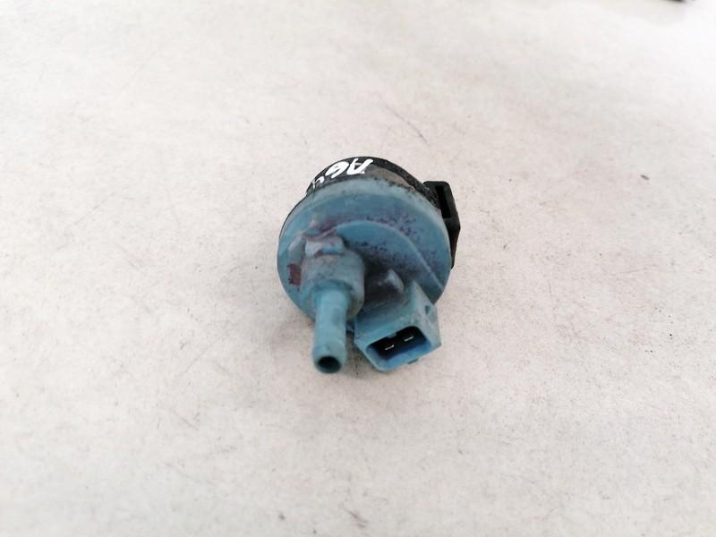 Vakuumo voztuvas Audi 100 1991    2.0 054133459B
