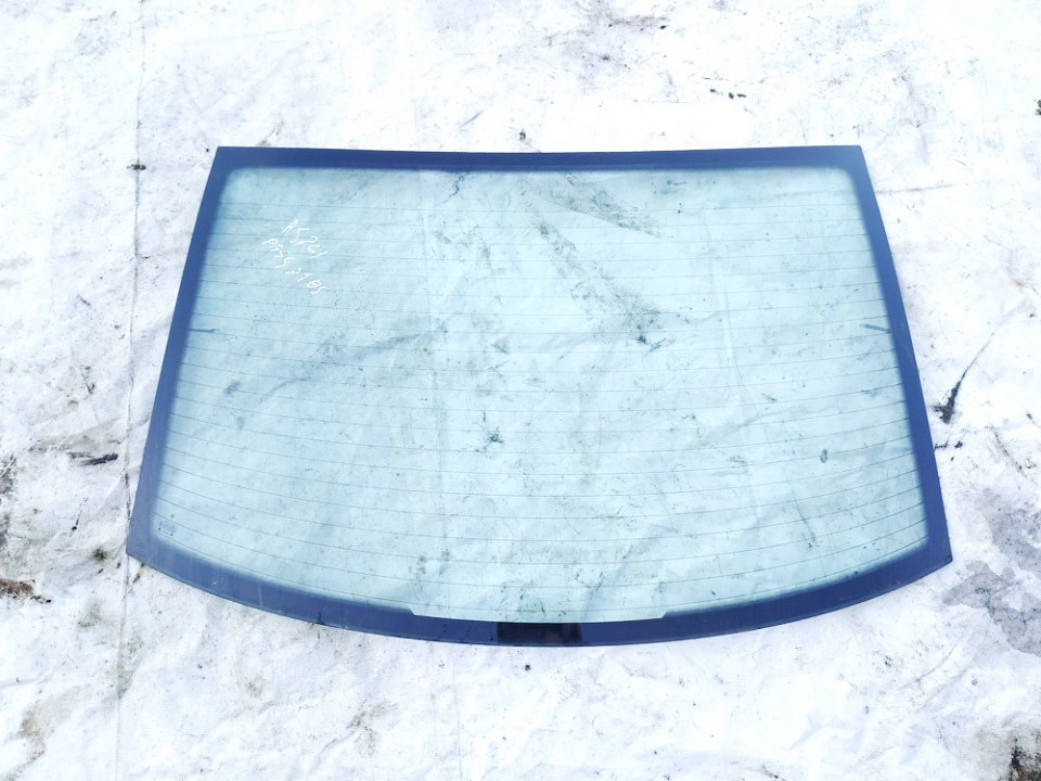 Stiklas G. Volkswagen Passat 1999    1.9 43r001057