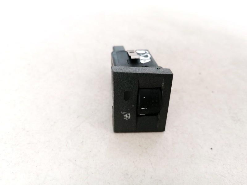 Sedyniu sildymo mygtukas Opel Signum 2003    2.2 13138252