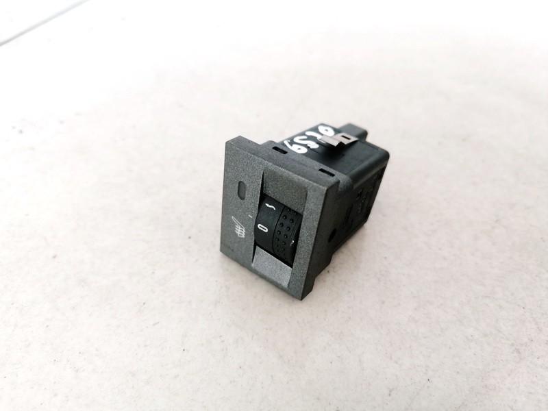 Sedyniu sildymo mygtukas Opel Signum 2003    2.2 13138251