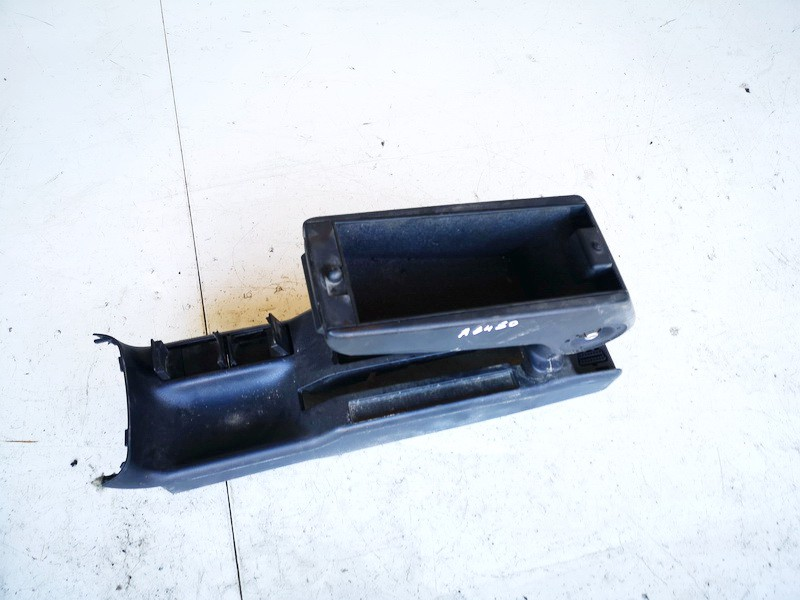 Porankis Audi A4 1997    1.9 8d0863244