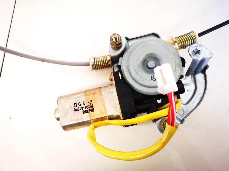 Duru lango pakelejo varikliukas P.D. Mazda MPV 2003    2.0 3620161890