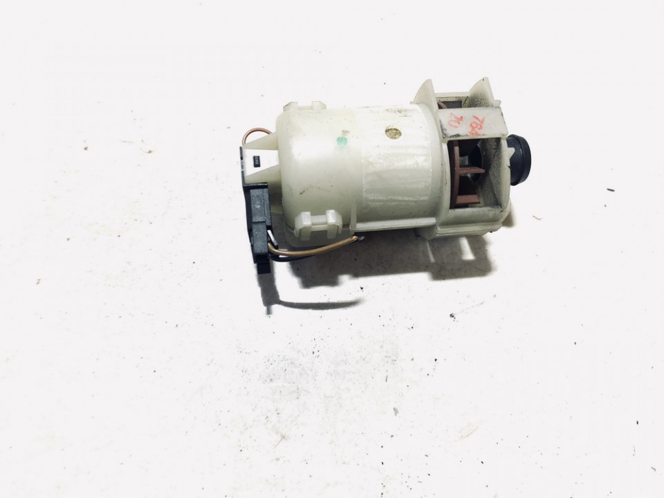 ECU Module Engine Cooling Fan Motor Audi A3 1997    1.8 USED