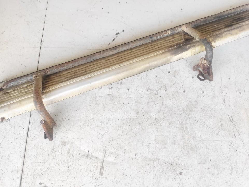 Metalinis slenkstis P.D. Mitsubishi L200 1996    0.0 used