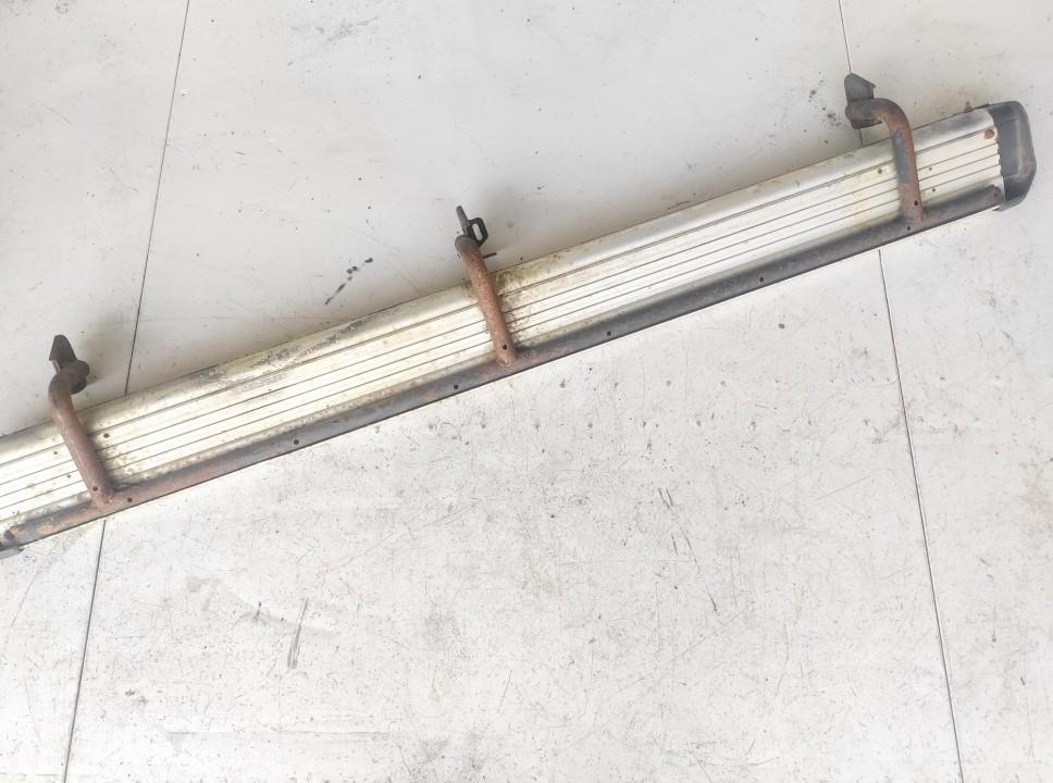 Metalinis slenkstis P.K. Mitsubishi L200 1996    0.0 used