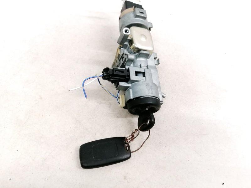 Uzvedimo spyna Mazda MPV 2003    2.0 USED