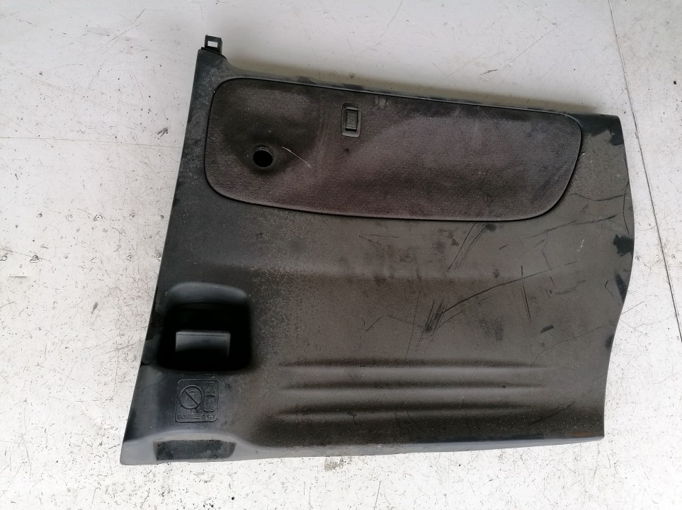 Duru apmusimas (apdaila-absifkes) G.D. Mazda MPV 2003    2.0 used