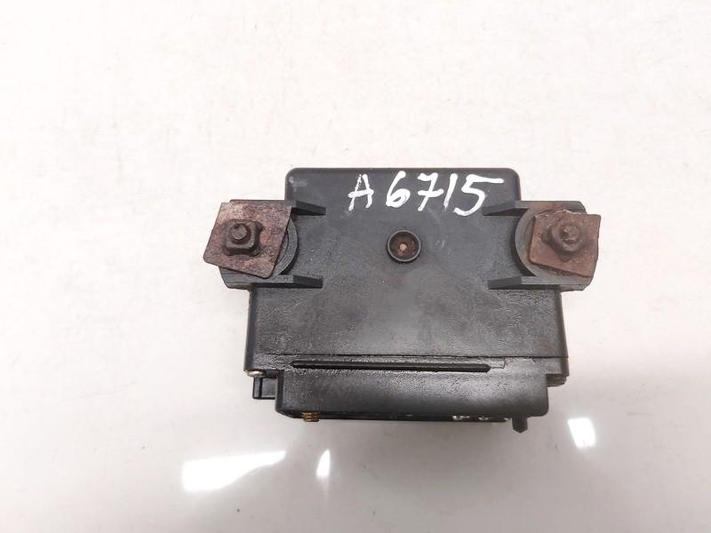 8470008000 84700-08000 Glow plug relay SsangYong Rexton 2006 2.7L 81EUR EIS01204496