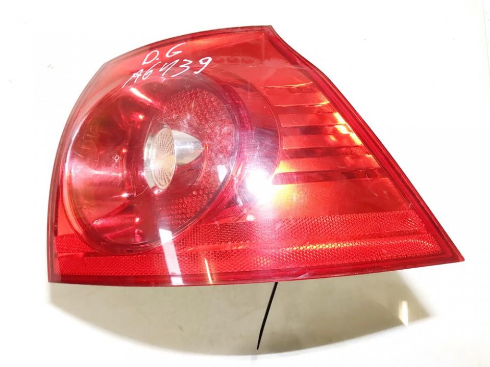 Galinis Zibintas G.D. Volkswagen Golf 2004    1.4 used