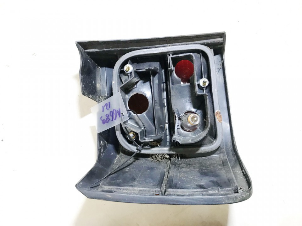used used Tail Light lamp Outside, Rear Right Volkswagen Passat 1991 1.6L 9EUR EIS01204574