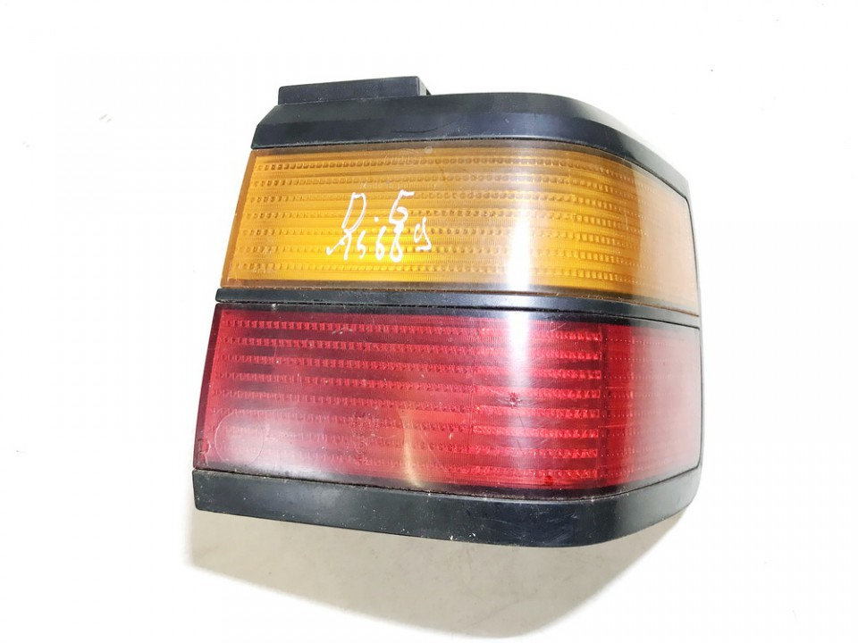 Galinis Zibintas G.D. Volkswagen Passat 1991    1.6 used
