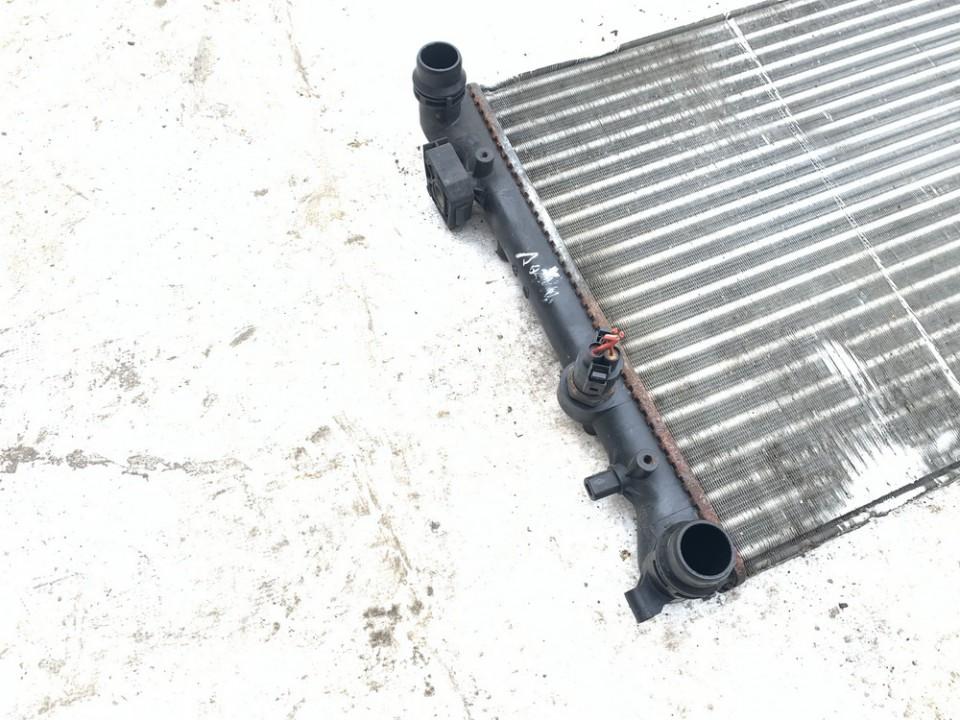 Vandens radiatorius (ausinimo radiatorius) Audi A3 1997    1.8 used