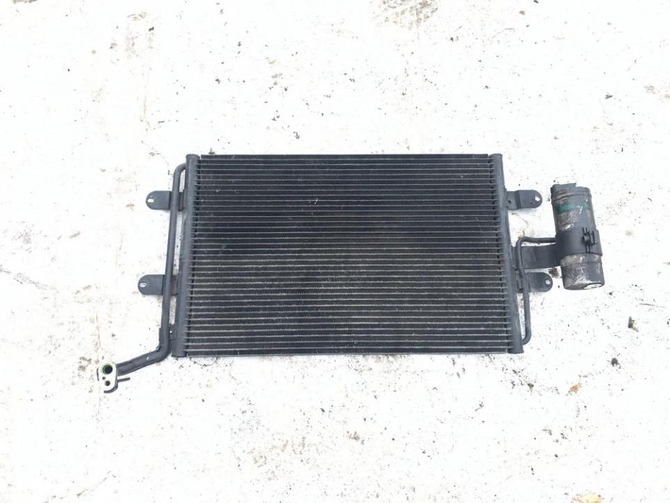 Oro Kondicionieriaus radiatorius Volkswagen Golf 2000    1.9 1j0820111d
