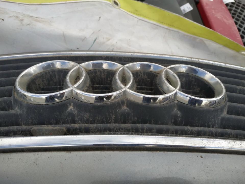 Priekinis zenkliukas (Emblema) Audi 100 1993    2.5 used