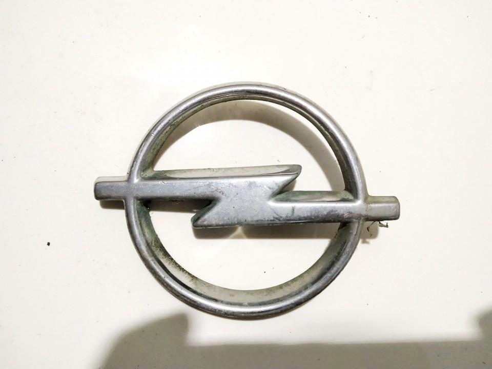 Priekinis zenkliukas (Emblema) Opel Astra 1995    0.0 90413034