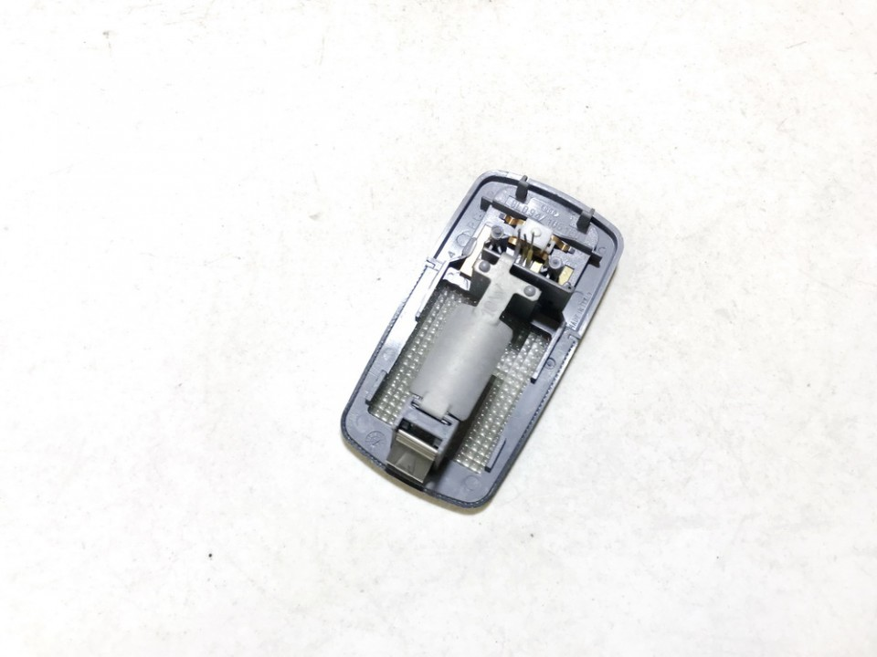Salono apsvietimo jungiklis P. Audi A3 1997    1.8 8l09471051e
