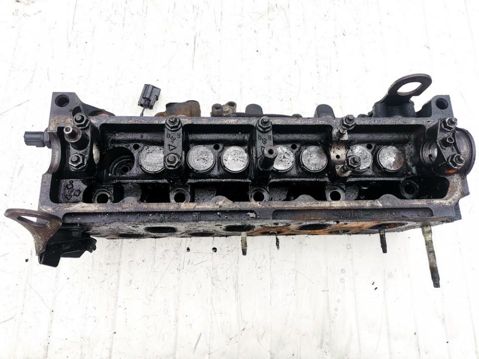 Variklio galvute Ford Focus 1999    1.8 xs4q6090a
