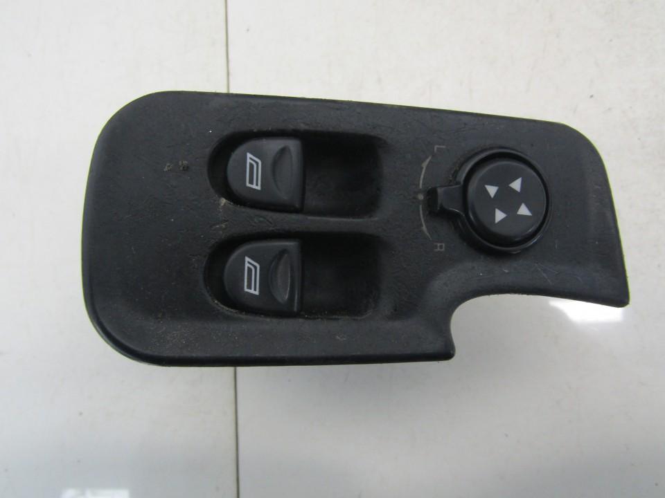 Stiklo valdymo mygtukas (lango pakeliko mygtukai) Alfa-Romeo 147 2003    1.6 735263175