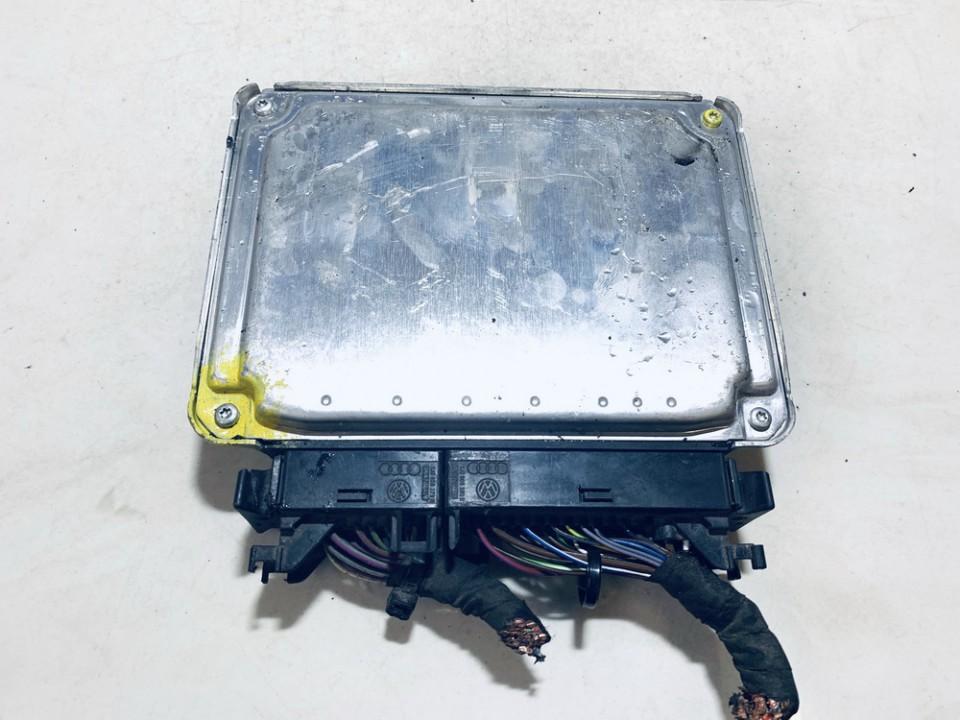 Variklio kompiuteris Volkswagen Golf 2004    1.4 036906032ag