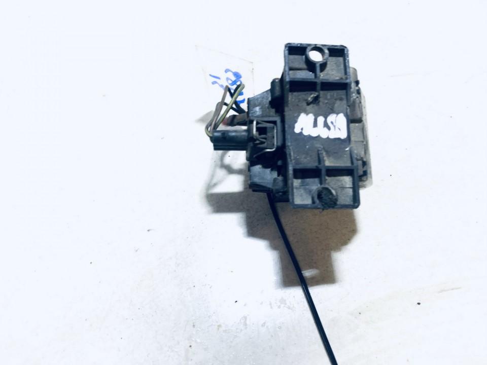 Glow plug relay Volkswagen Passat 1991    1.6 191911261a