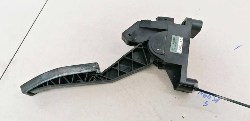 Accelerator throttle pedal (potentiometer) Opel Astra 1999    2.0 09128851AL