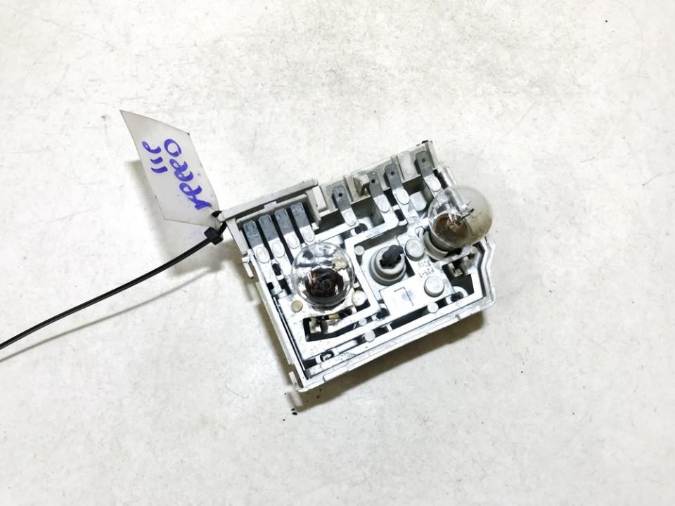 Galiniu zibintu plata Audi 80 1987    1.8 used
