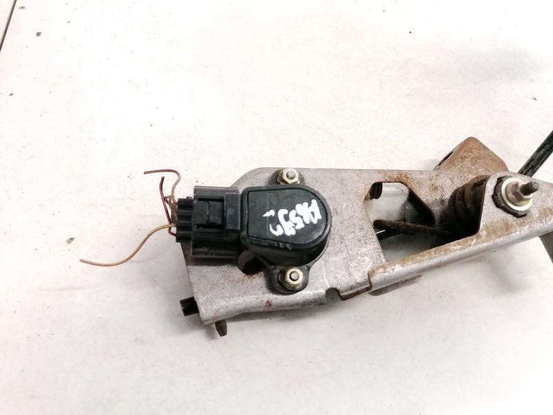 Accelerator throttle pedal (potentiometer) Mazda 6 2002    2.0 141010017