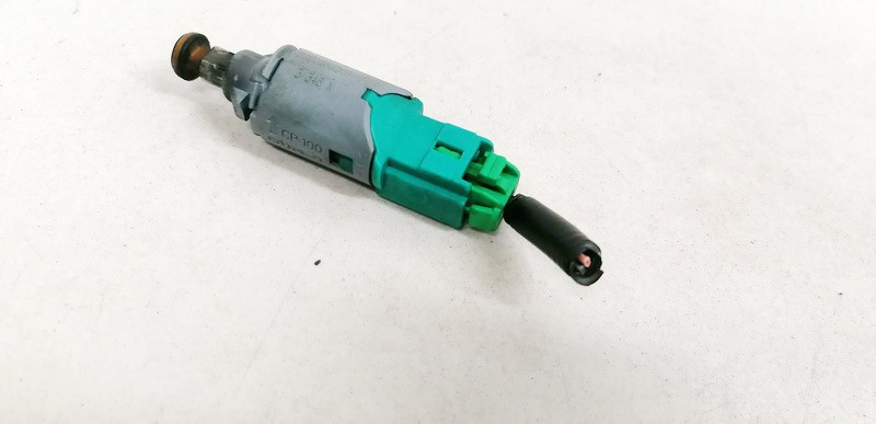 Brake Light Switch (sensor) - Switch (Pedal Contact) Renault Scenic 2004    1.5 8200168240