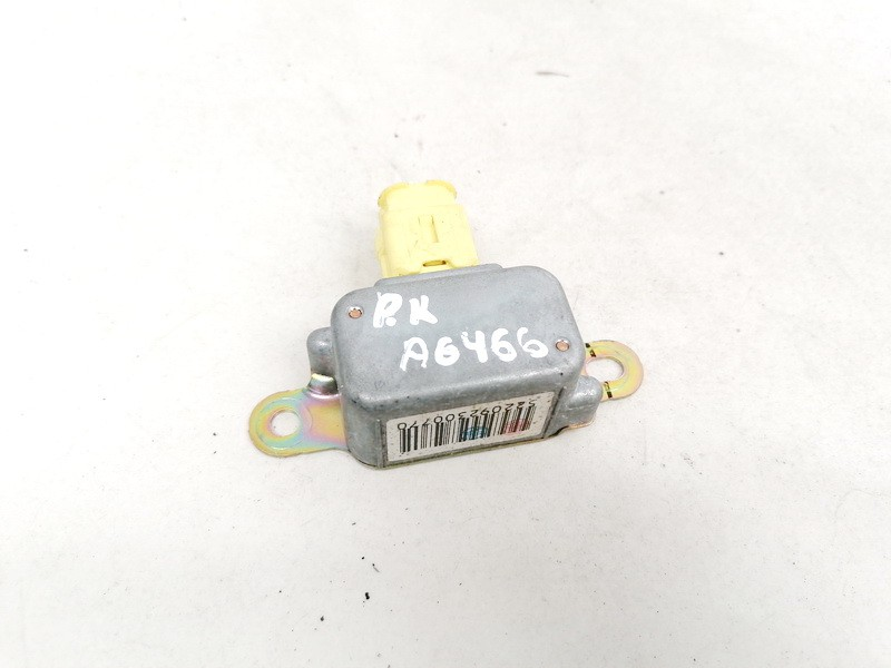 Srs Airbag crash sensor Mazda MPV 2003    2.0 LC6257KC0B