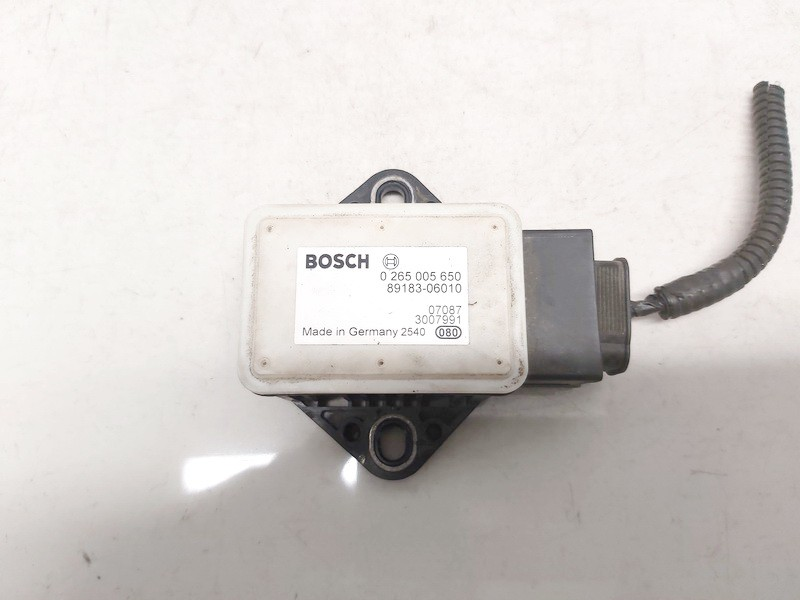 Esp Accelerator Sensor (ESP Control Unit) Toyota Auris 2007    2.0 0265005650