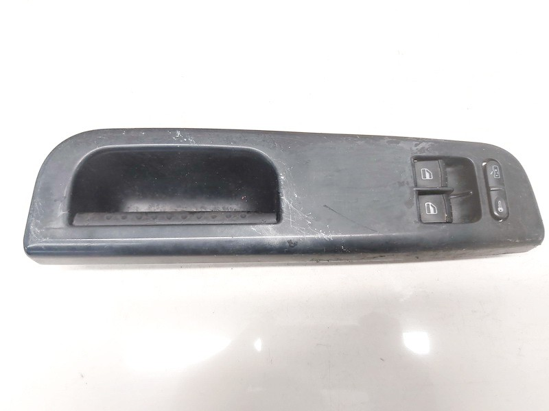 Stiklo valdymo mygtukas (lango pakeliko mygtukai) Volkswagen Golf 2000    1.9 1j3959857
