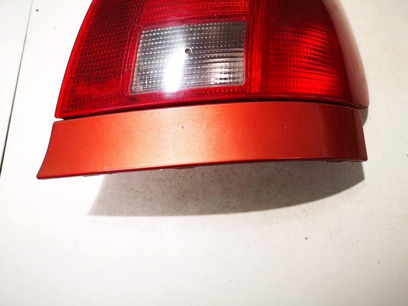 Juostele po zibintu G.D. Audi A4 1995    1.8 used