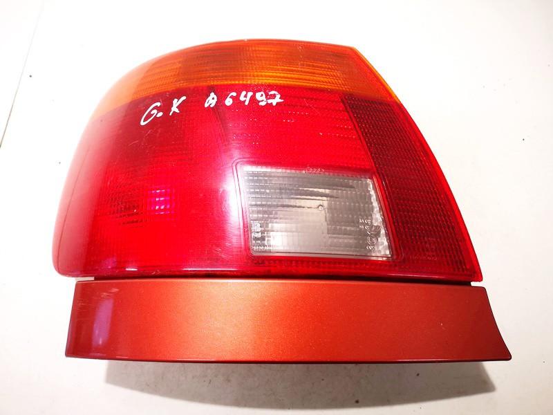 Galinis Zibintas G.K. Audi A4 1995    1.8 used