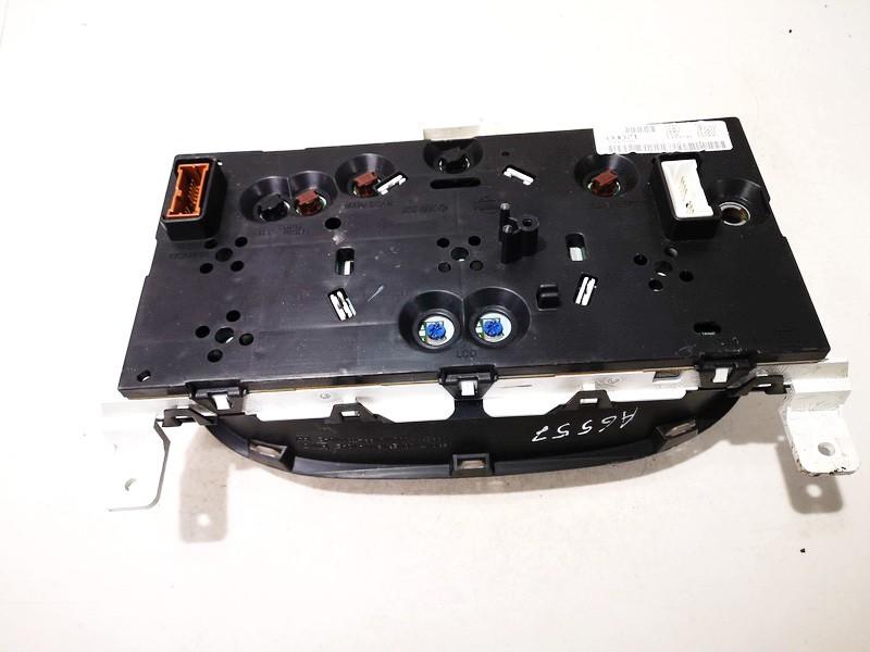 Spidometras - prietaisu skydelis Nissan Almera Tino 2002    2.2 bu071