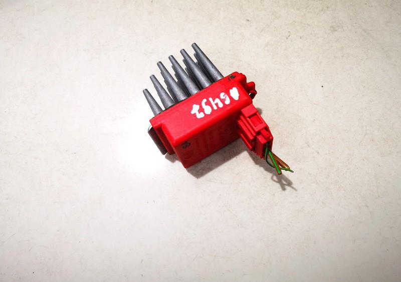 Heater Resistor (Heater Blower Motor Resistor) Audi A4 1995    1.8 357907521