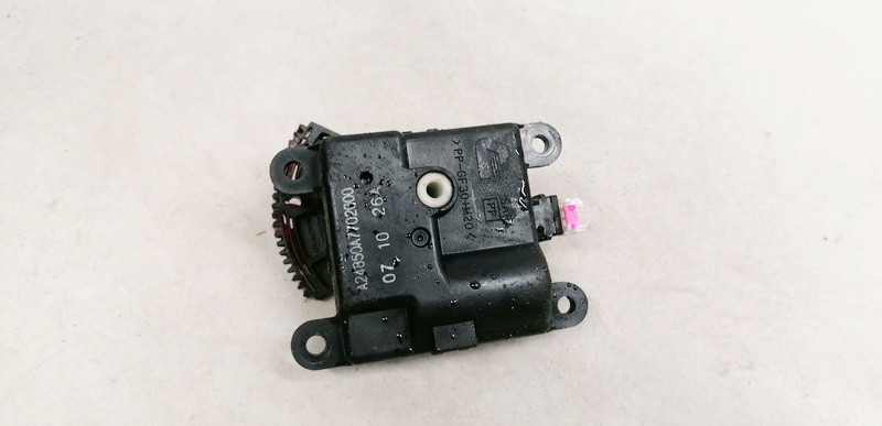 Heater Vent Flap Control Actuator Motor Nissan Qashqai 2008    1.5 A24850A7702000
