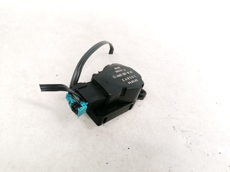 Heater Vent Flap Control Actuator Motor Mercedes-Benz C-CLASS 2002    2.2 A2038201642