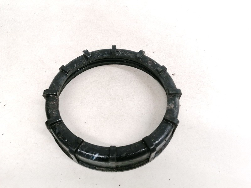 Fuel Pump Locking Seal Cover O Ring Volkswagen Passat 1999    1.8 321201375A