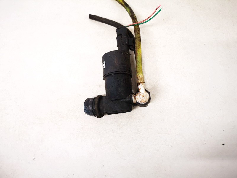 Windshield Windscreen Washer Pump Nissan Almera Tino 2002    2.2 9632984980