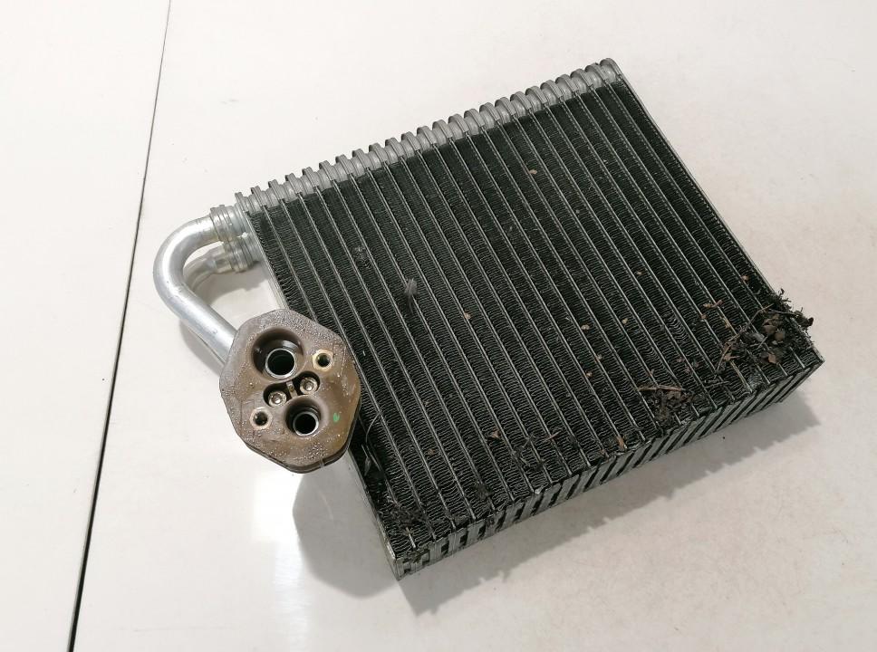 Salono peciuko radiatorius Renault Scenic 2004    1.5 used