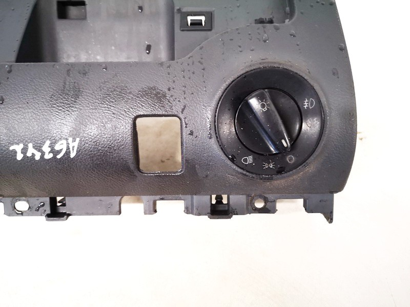 Headlight adjuster switch (Foglight Fog Light Control Switches) Volkswagen Sharan 2002    1.9 7m3858903f