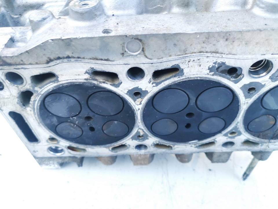 Variklio galvute Peugeot 607 2002    2.2 9634559710