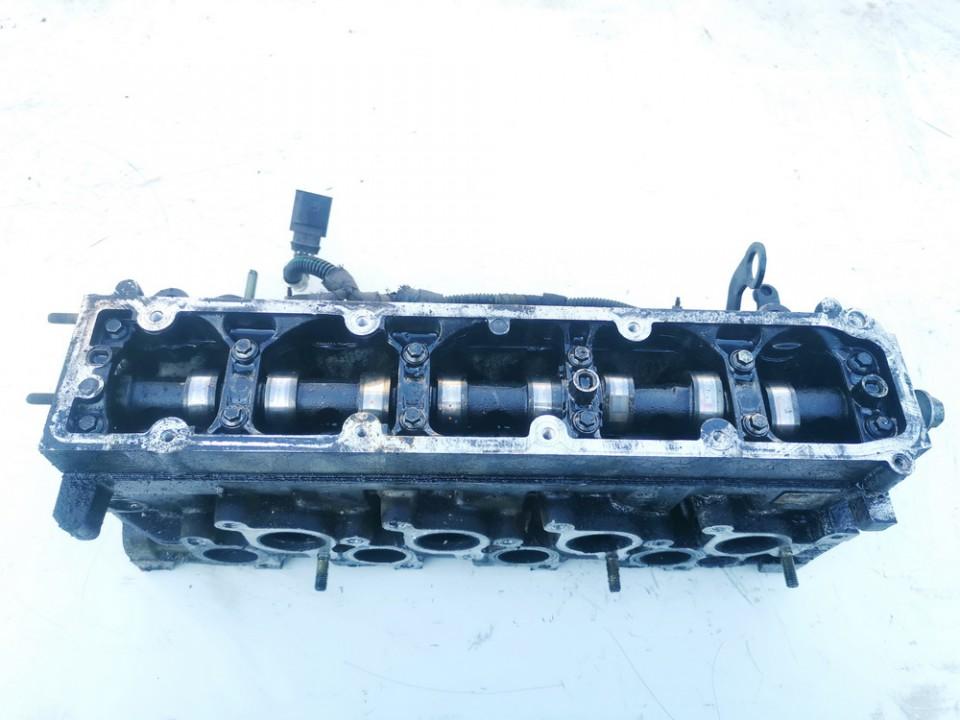 Variklio galvute Citroen C5 2007    2.0 9634963010