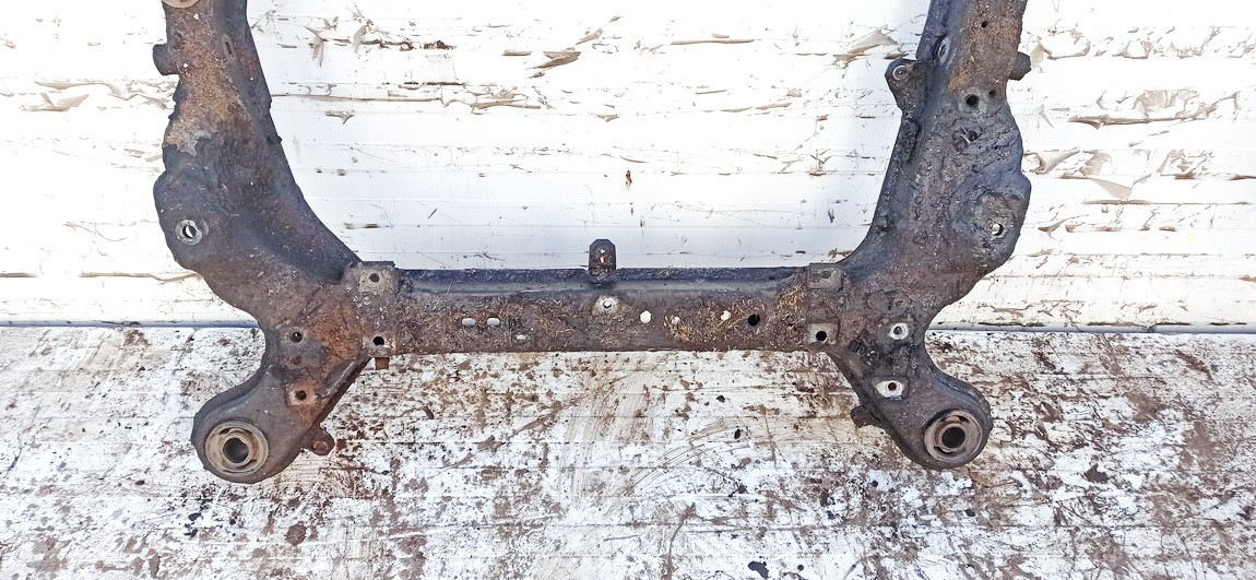Front subframe Volvo S80 2002    2.9 used
