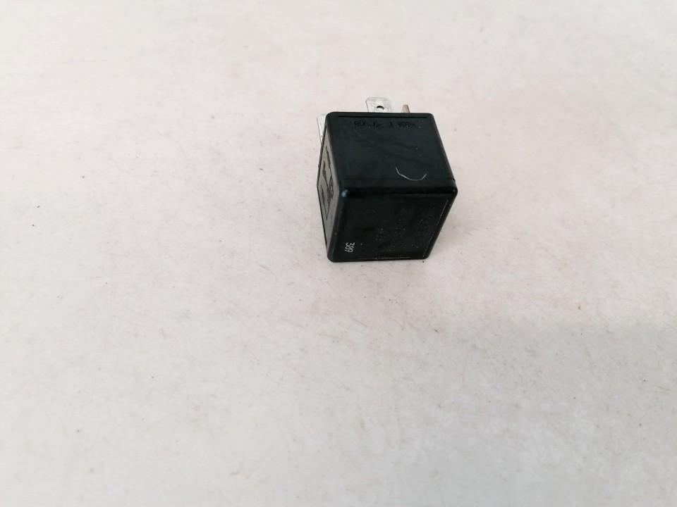 Relay module Volvo S80 2000    2.5 9661158