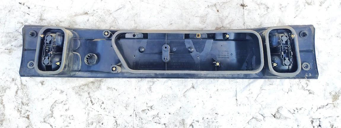 Galinio dangcio isorine apdaila (numerio apsvietimas) Renault Laguna 1994    0.0 7703072198