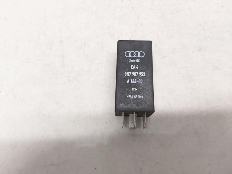 Relay module Audi TT 2002    1.8 8n7907953
